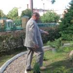 Mikołaj Tarasewicz, dzięki któremu mamy różne krzewy,choinki itp