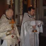 8-01-2004-ks.Mikołaj Wakułowicz i ks. Jerzy Bogacewicz