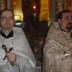 8-01-2004-z lewej-ks.Piotr Snarski, ks.Andrzej Nielipiński